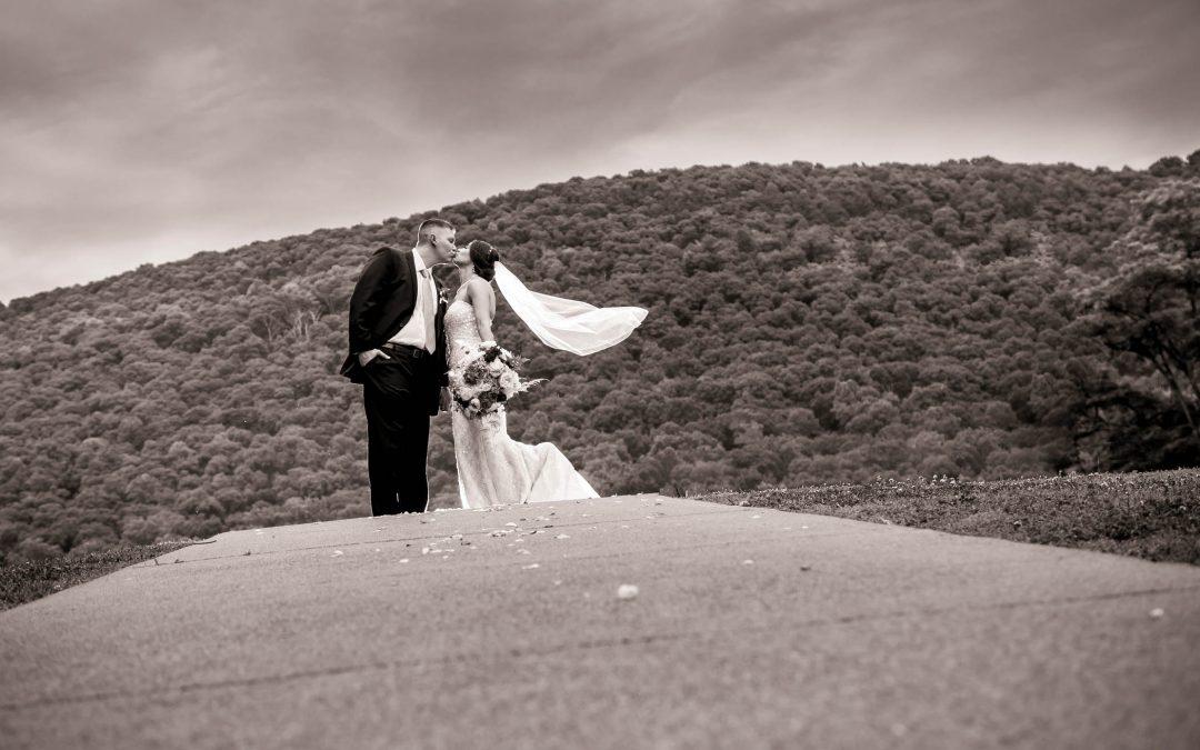Irene & Drew – Raystown Lake Wedding Photography